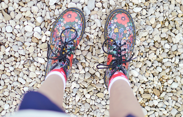 How To Dress for Autumn - Dr Martens ASOS H&M - OOTD Fashion Blog