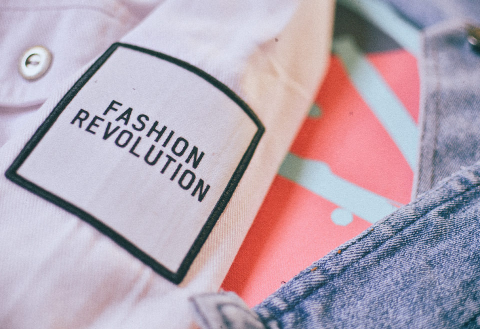 easy diy fashion fix ideas - fashion revolution - diy patch jacket